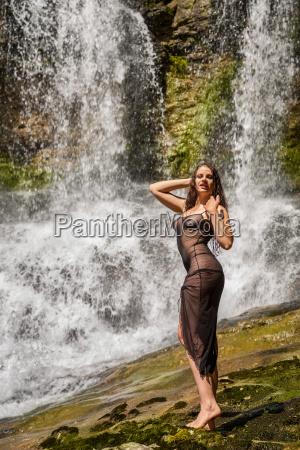 woman skin waterfall net erotic dash