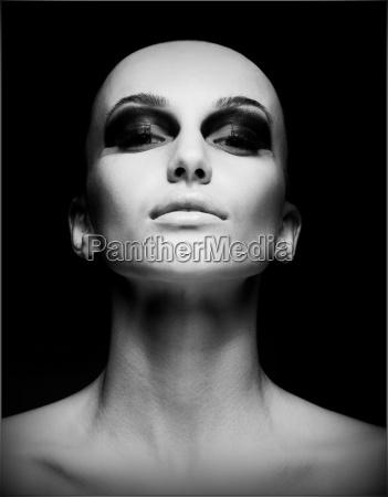 extrem portrait exzentrisch hairless frau rasierte