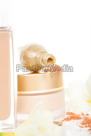 luxurioese goldenen und beige kosmetik hintergrund
