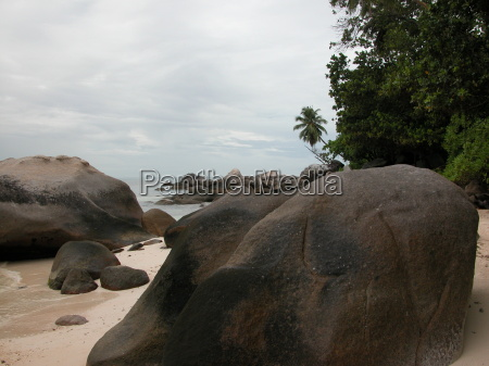 strand auf den seychelles seychellen