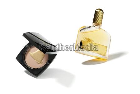flasche parfum kosmetik kosmetika parfuemieren puderdose