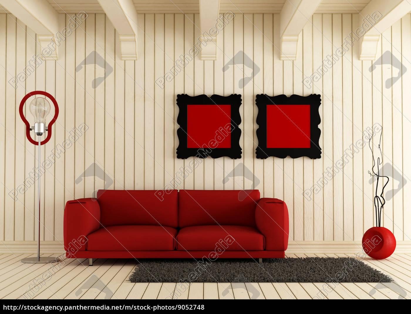Rote Couch Im Raum Aus Holz Lizenzfreies Foto 9052748