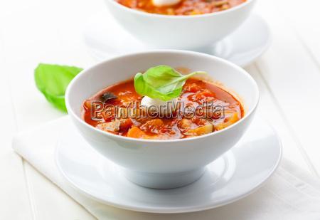 koestliche minestronesuppe