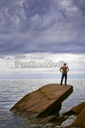 maenner mann entspannung horizont maennlich mannhaft