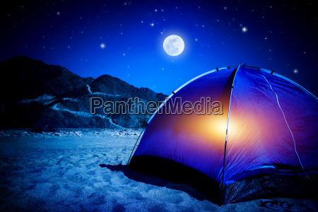 camp in der nacht