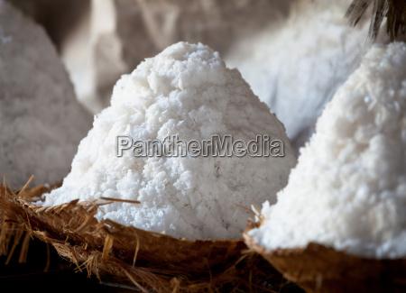 craft salzproduktion salzhalden nahaufnahme