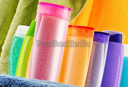 kunststoff flaschen von koerperpflege und beauty