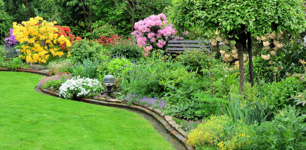 Gartenanlage im fr hling lizenzfreies foto 9416248 - Gartenanlagen bilder ...