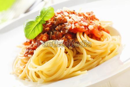 spaghetti mit bolognese sauce
