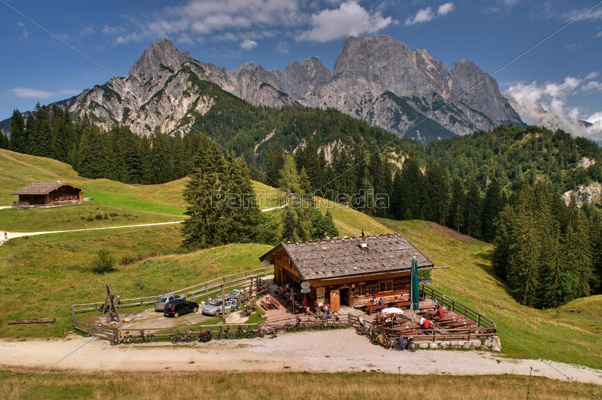 natur himmel landschaft berge berg gebirge alpen bayern lizenzfreies foto 9488080. Black Bedroom Furniture Sets. Home Design Ideas