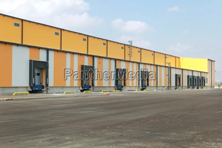 industrie verkehr verkehrswesen depot lagerhaus verteilung