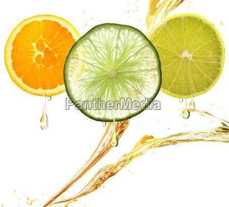 orange zitrone und kalk scheiben