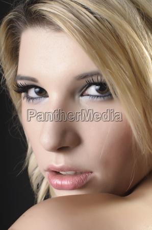 an erotic glance