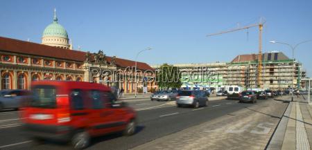strassenverkehr richtung stadtschlossbaustelle