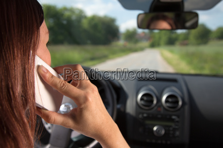 phone while driving