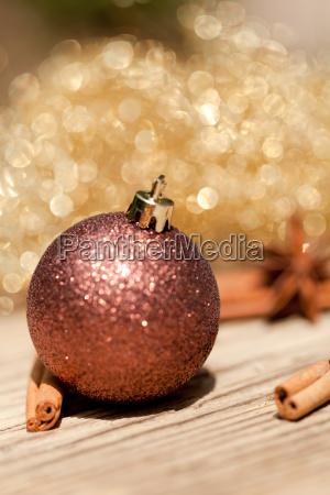 anis und zimt christbaumkugel weihnachten dekoration