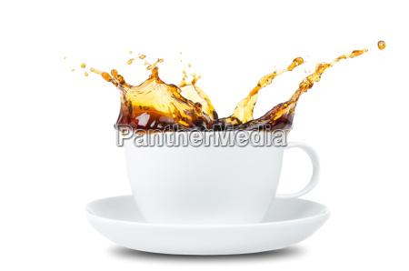 kaffee splash vor weiss
