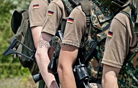 zolnierz niemcy republika federalna niemiecki niemiec