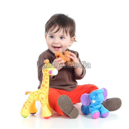 huebsches kleines baby mit tier spielzeug