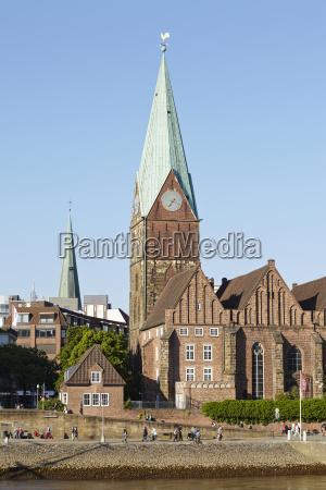 bremen schlachte mit martinikirche