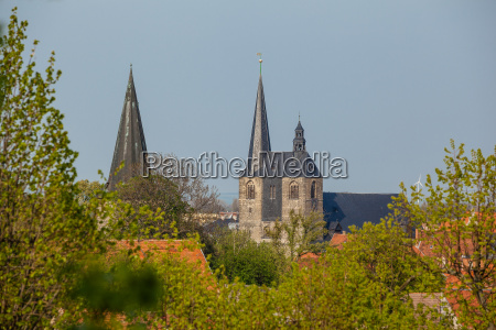 castle collegiate church welterbestadt quedlinburg