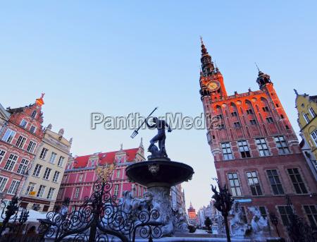 neptun brunnen in gdansk polen