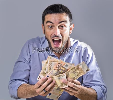 bank kreditinstitut geldinstitut lachen lacht lachend