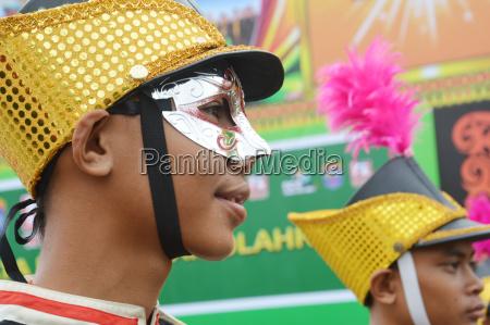 die menschen auf karneval