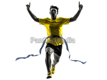 junger mann sprinter laeufer laufen sieger