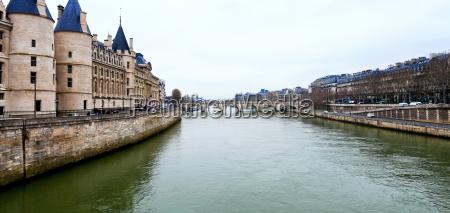 panorama der seine in paris