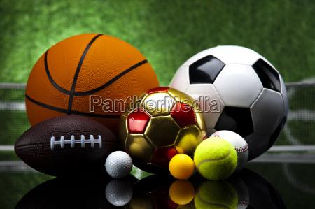 sport viele baelle und zeug