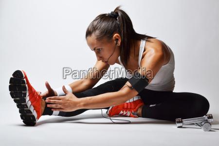 frau sport stark training athlet wettkaempfer