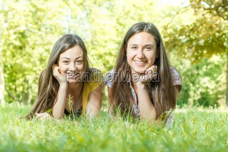 happines, freunde, genuss - 10010892