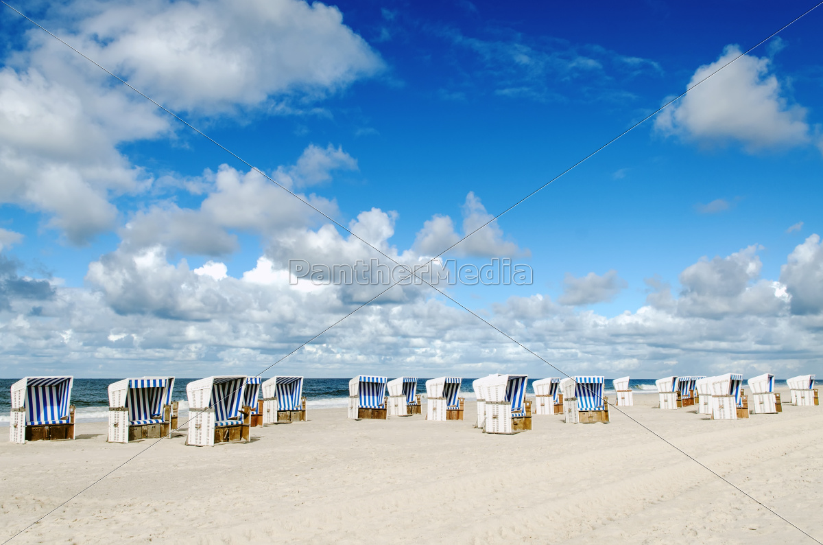 strandk rbe am strand von sylt lizenzfreies foto 10014436 bildagentur panthermedia. Black Bedroom Furniture Sets. Home Design Ideas