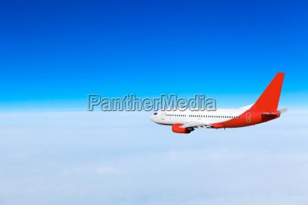 flugzeug im himmel passagierflugzeug