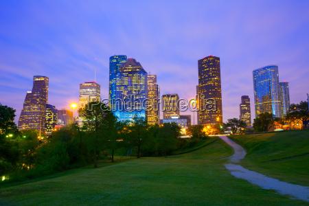 houston texas moderne skyline bei sonnenuntergang