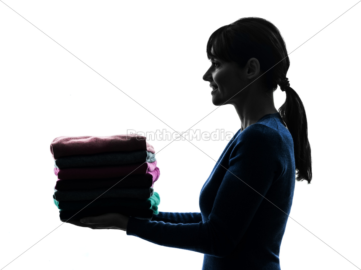 frau, magd, hausarbeit, halten, pullover, haufen - 10112923