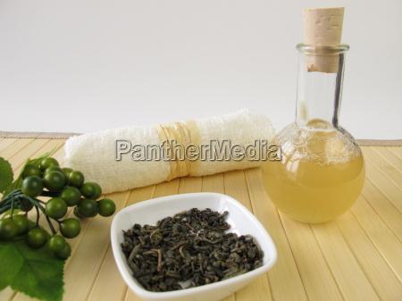 homemade shower gel with green tea