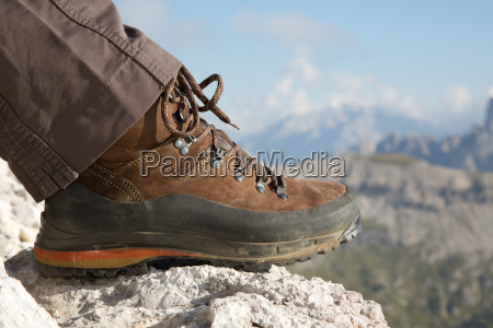 wanderschuhe in den bergen