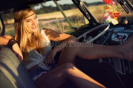 cmon baby drive my car