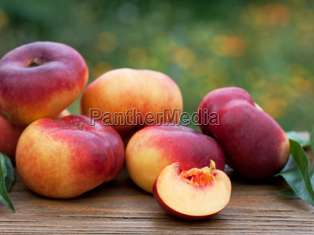 fruity nectarines