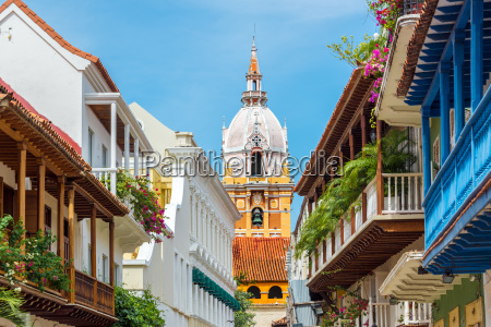 kathedrale und balkone