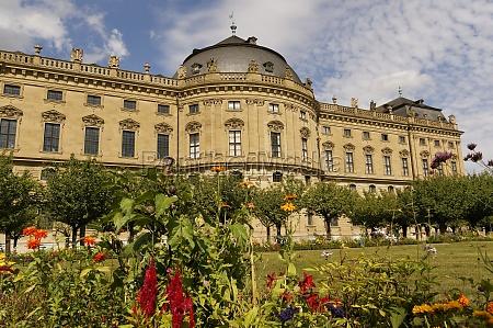 residenz und hofgarten wuerzburg unterfranken bayern