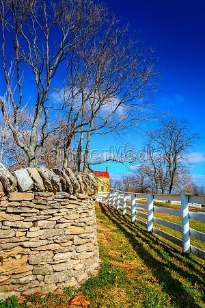stein farm bauernhof zaeune country hoelzern