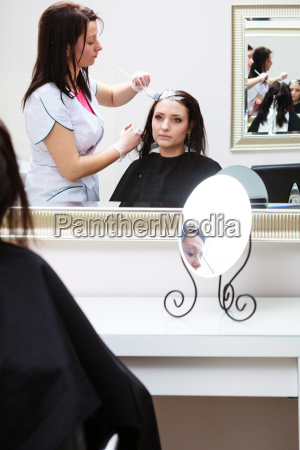friseur unter anwendung farbe weibliche kunden