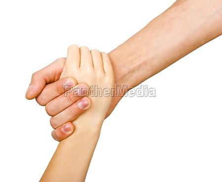 man hand haelt die hand eines