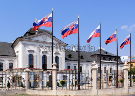 grassalkovich palace grasalkovicov palac bratislava