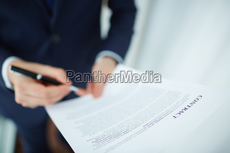 signing agreement