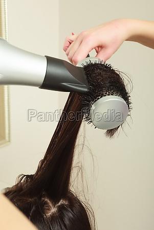 friseurin trockenheit hair frau kunde in