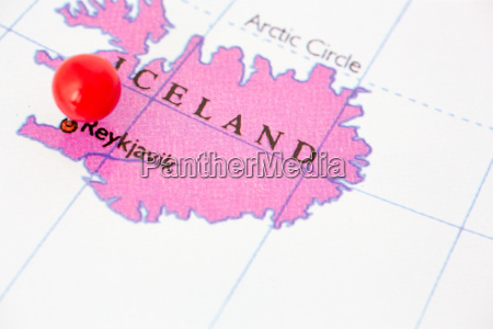 red pushpin on map of iceland